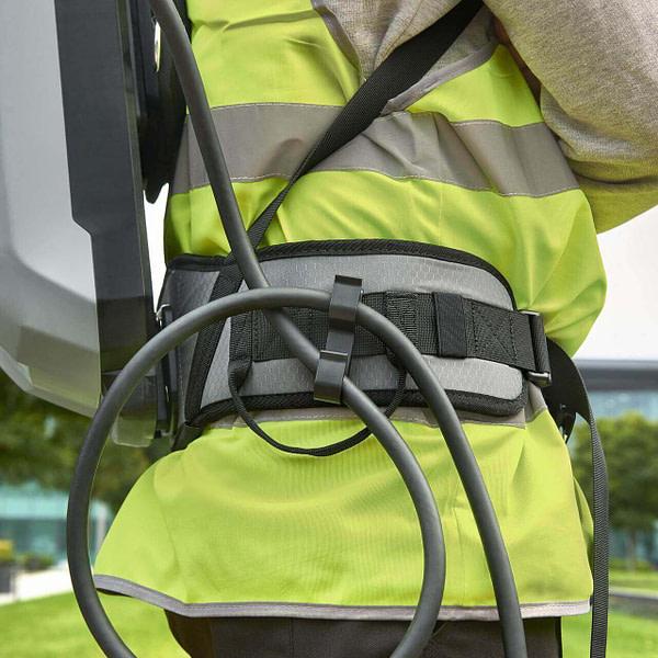 Com backpack cablemanagement